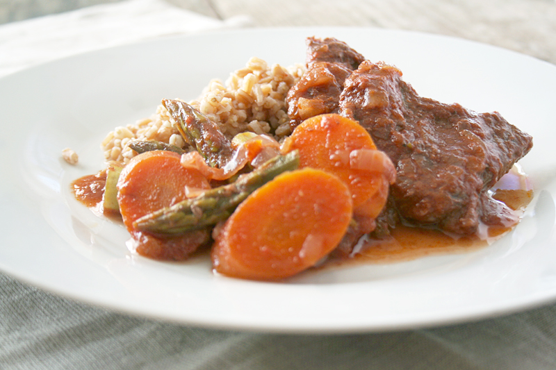 A Braised Spring Stew Recipe with Asparagus and Carrots