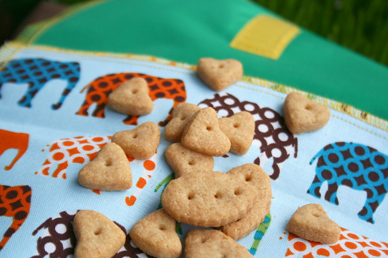 Easy, Whole Wheat Cheddar Crackers (Like Goldfish)